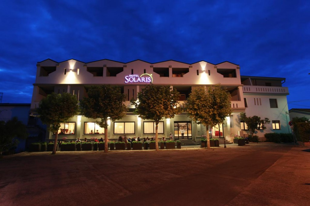 Hotel Solaris - Night